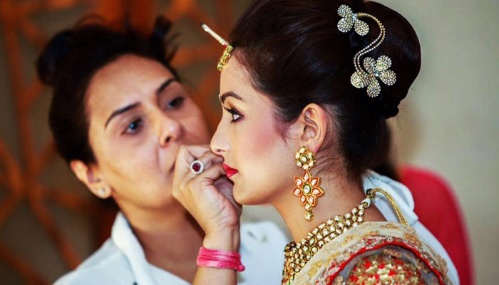 Best Bridal Makeup Artists in Delhi